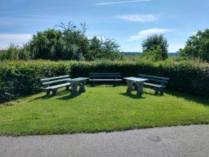 Sitz- und Tischgruppe Flugplatz Ende
